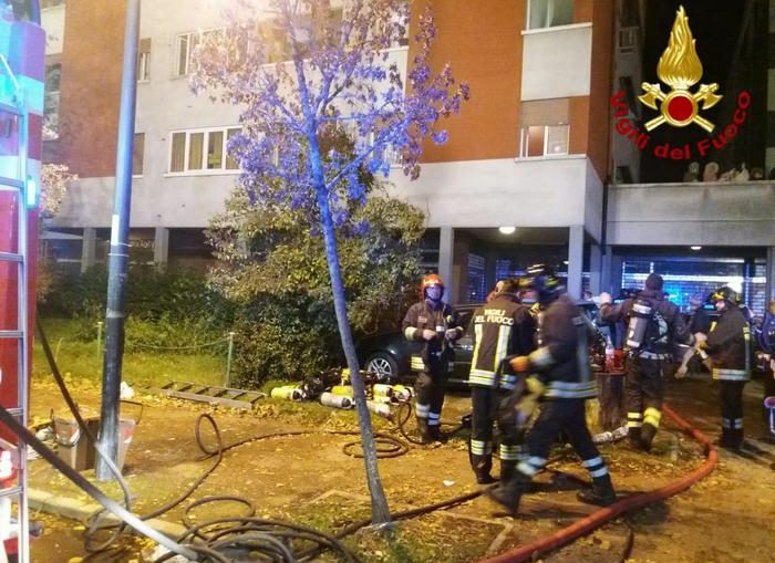 Incendio palazzina Reggio Emilia